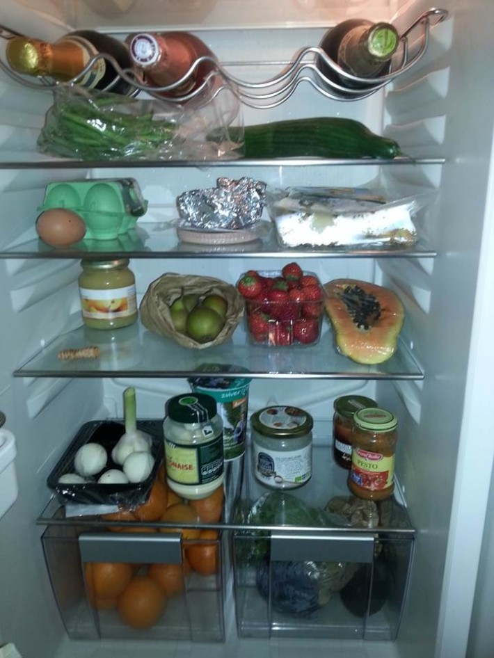 Welcome to my fridge! Omnnjom mnjom!