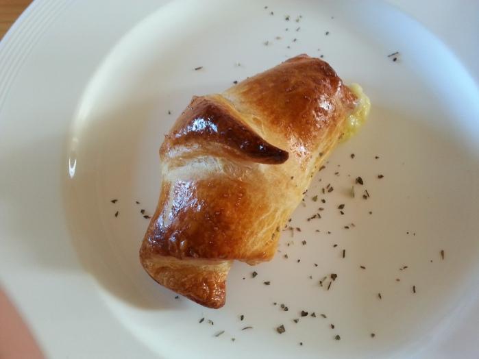croissant breakfast (1)