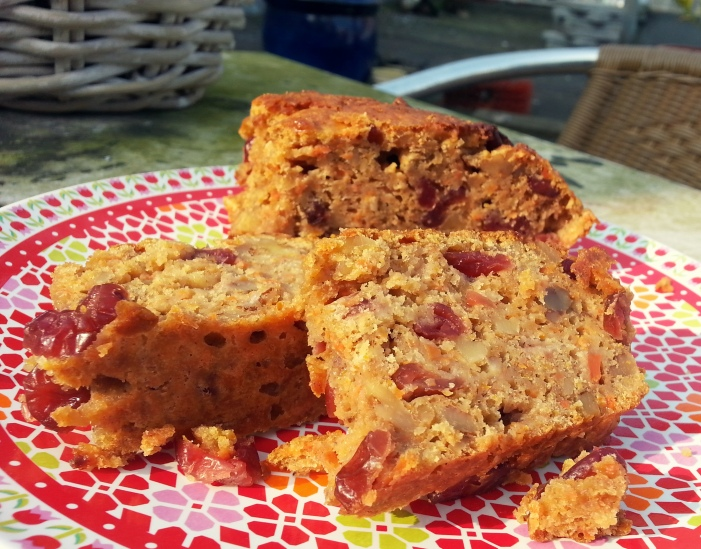 Carrot cake with cranberries and walnuts 4